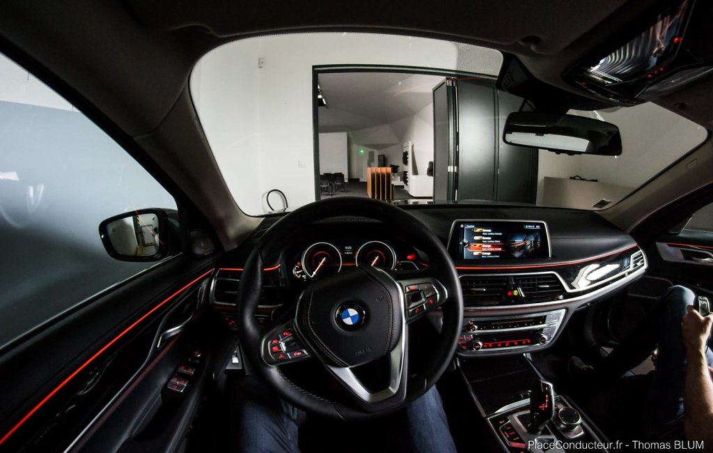 BMW 7 Series #orange
