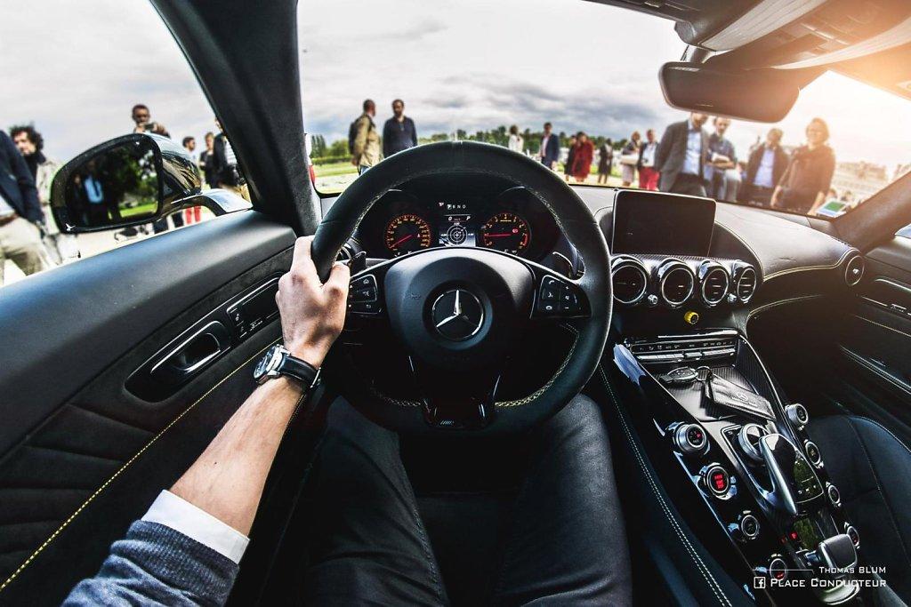 Mercedes Benz- AMG GT R