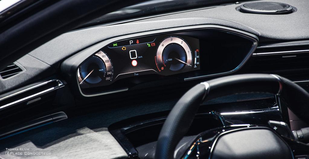 Peugeot 508 II interior dash