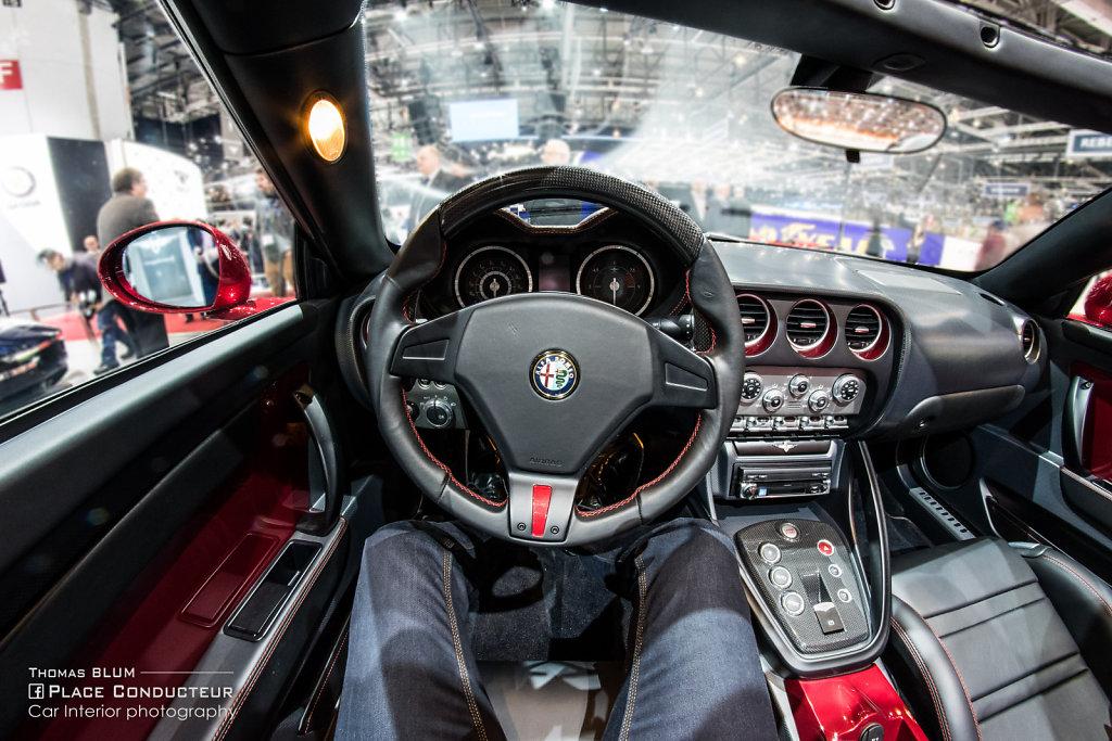 Touring Superleggera Disco Volante Spider